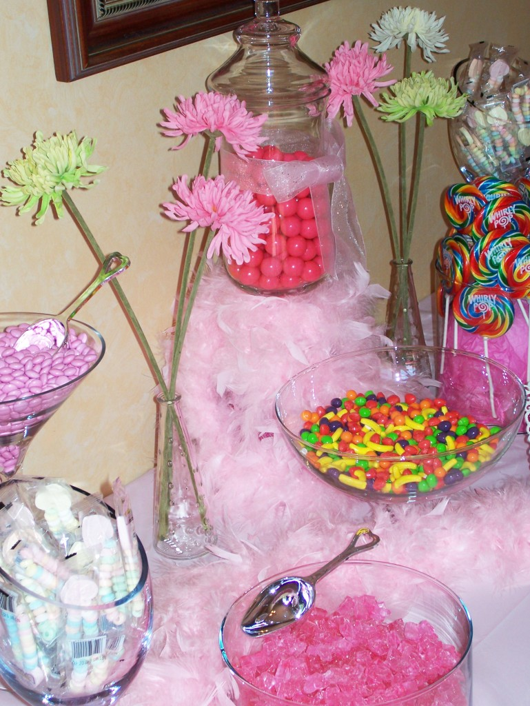 16 candy buffet